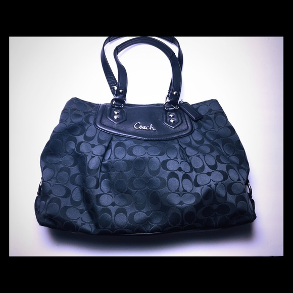 Coach Handbags - Coach black bag  F29244